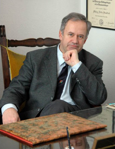 Prof. Dr. Miklós Szendrői